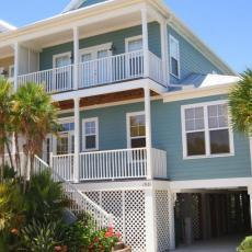 Апартаменты в аренду во Флориде у воды с собственным причалом